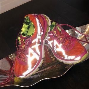 ASICS - Gt 2000 tennis shoes